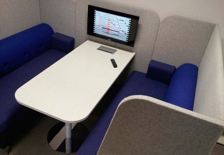 Max Seating Booth